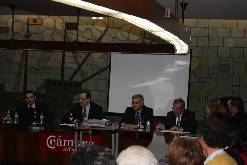 Programa Un Negocio Una Web en Cámara Avilés con Francisco Javier, Rafael Nespral, Pablo Castañon y Severino Valcarce
