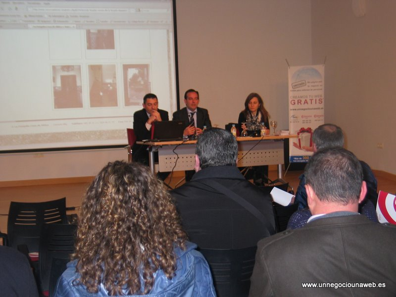Presentación Un Negocio Una Web en Navia - Severino Valcarce, Iganacio Martin y Olga Piedralba