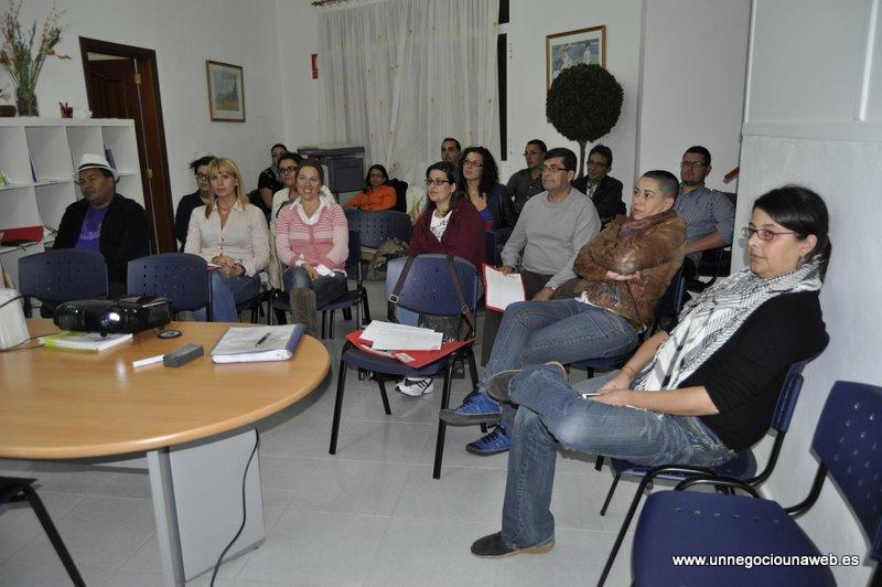 """Seminario-taller """"como hacer negocio en Internet"""" en la sala de formación de la Casa de la Mujer de Icod de los Vinos"""