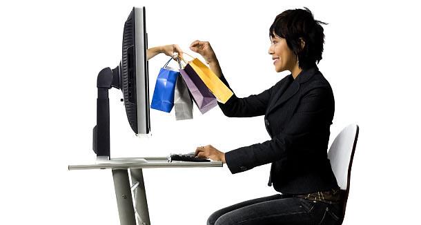La moda arrasa en el comercio online de España